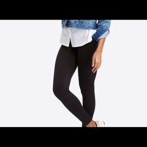 NWT SPANX LOOK AT ME NOW SEAMLESS LEGGINGS